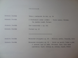 Program-cast-10
